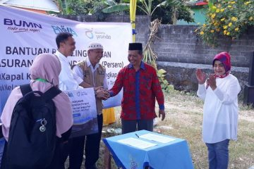 Bantuan Bina Lingkungan dari Jasindo dan BWA (50)