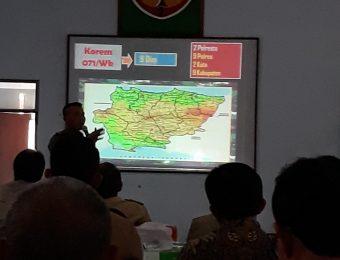 Komsos TNI dengan Aparat Pemerintah (15)