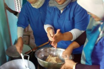 Pelatihan Pengolahan Ikan di POKDAKAN MEKARSARI Karangpucung (15)