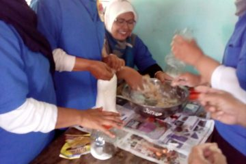Pelatihan Pengolahan Ikan di POKDAKAN MEKARSARI Karangpucung (18)